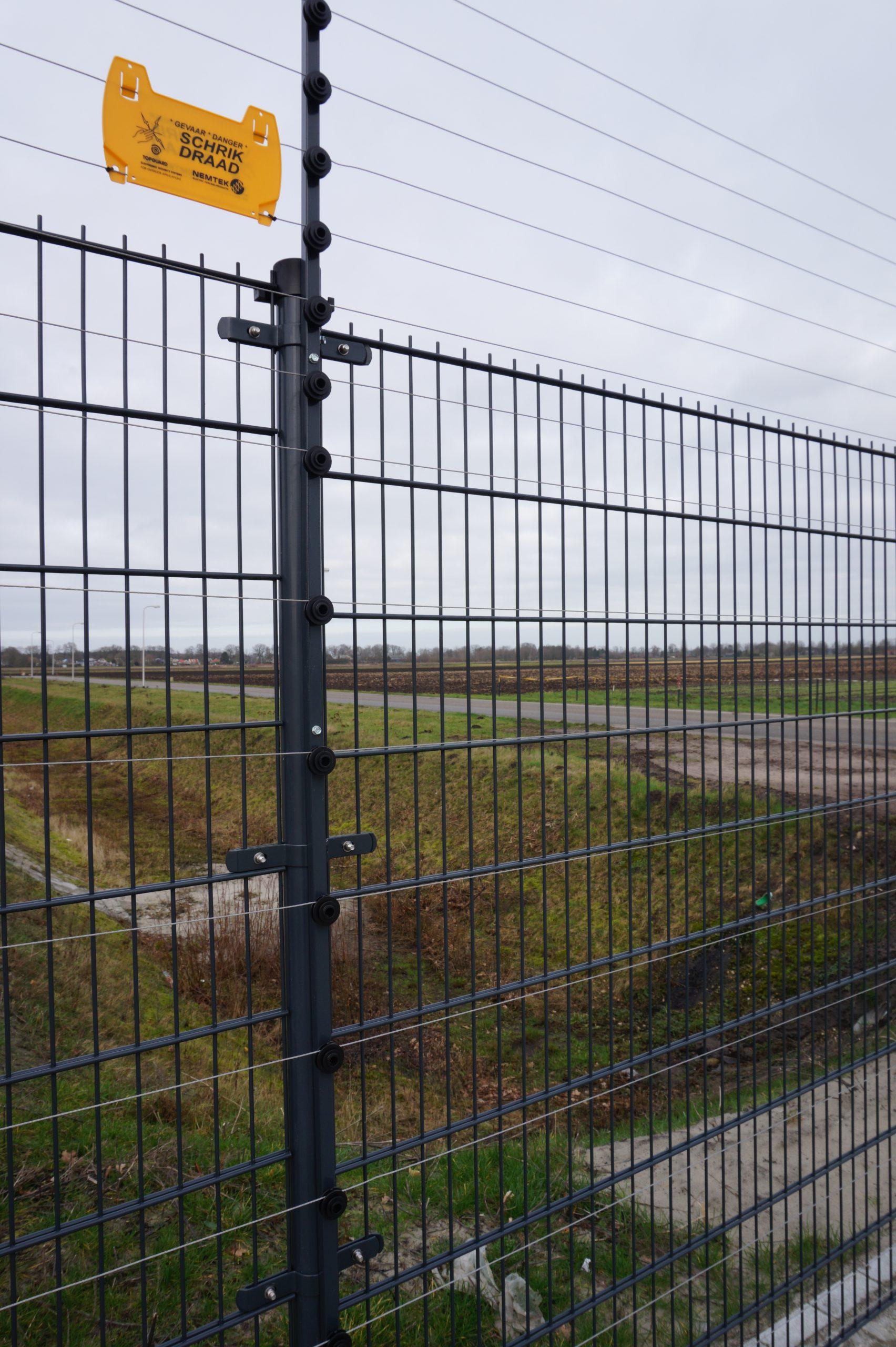 Power fence Bedrijventerrein Schoonoord
